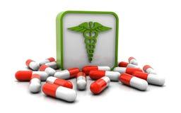 Medizinisches Zeichen und Pillen Stockfotos