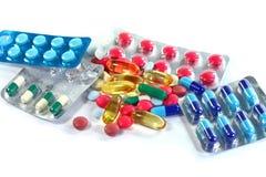 Medizinpillen in den Sätzen Pillen in der Blisterpackung, in den Kapseln und in der Pille verpackten in den Blasen Stockfotos
