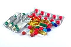 Medizinpillen in den Sätzen Pillen in der Blisterpackung, in den Kapseln und in der Pille verpackten in den Blasen Lizenzfreie Stockfotografie