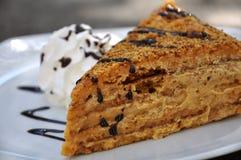 Medovnik, torta de miel tradicional Fotografía de archivo libre de regalías