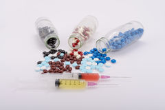 Medycyn pigułki dla traktowania Obraz Stock