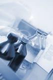 Medyczne buteleczki w lab szpitalach Fotografia Stock