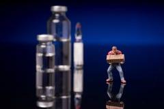 Medyczne buteleczki z jasnym cieczem Zdjęcie Stock