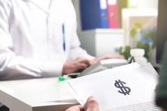 Medyczny i opieko zdrowotna wycenia pojęcie zdjęcia stock
