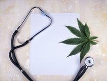 Medyczny marihuany tło zdjęcie royalty free