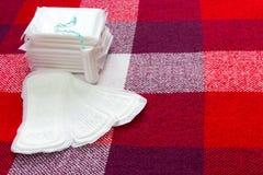 Medyczny poczęcie Miesiączki bawełny i Miękkiej części czuła ochrona dla kobiety cr obraz stock
