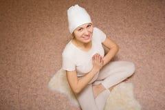 Medytacja, młoda kobieta w joga lotosu pozie Zdjęcie Stock
