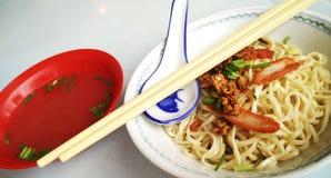 Mee de Kolo em kuching sarawak imagens de stock