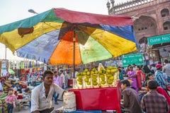 Meena义卖市场的人们 免版税库存照片