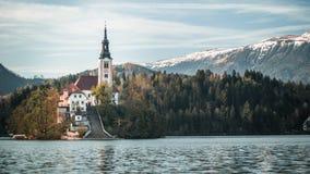 Meer Afgetapte Kerk met warme gloed royalty-vrije stock fotografie
