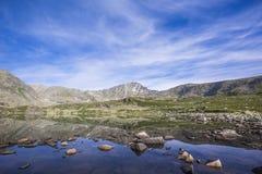 Meer alla-Askir Het landschap van Altaibergen stock afbeeldingen