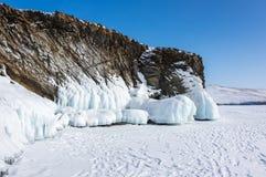 Meer Baikal in de winter stock foto