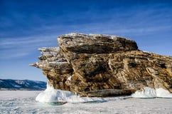 Meer Baikal, het eiland Ogoy, Kaap, draak, de winter Royalty-vrije Stock Afbeeldingen