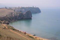 Meer Baikal Het eiland van Olkhon Dorp Khuzhir Klein strand royalty-vrije stock afbeeldingen