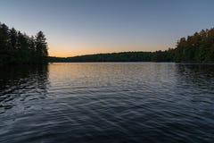 Meer bij zonsondergang Royalty-vrije Stock Afbeelding