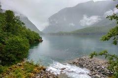 Meer Bondhus in het nationale park van Folgefonna, Hordaland-provincie, Noorwegen Royalty-vrije Stock Foto