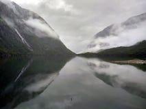 Meer Bondhus in het nationale park van Folgefonna, Hordaland-provincie, Noorwegen Royalty-vrije Stock Fotografie