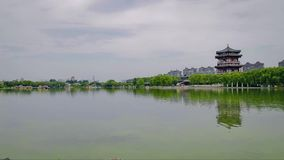 Meer in Chinees park, xi ', shaanxi, China stock footage