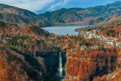 Meer Chuzenji bij het Nationale Park van Nikko in Japan royalty-vrije stock foto's