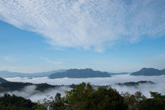 Meer des Nebels am Mönch Poonsuda Stockfoto