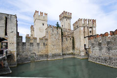 Meer Garda, Sirmione, Italië (Castello Scaligero) 03 Stock Foto's