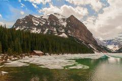 Meer Louise, het Nationale Park van Banff, Alberta, Canada Stock Afbeeldingen