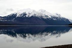 Meer McDonald in Gletsjer Nationaal Park Royalty-vrije Stock Foto's