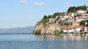 Meer Ohrid en stad stock footage