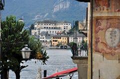 Meer Orta, het eiland van San Giulio, Italië Royalty-vrije Stock Fotografie