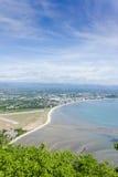 Meer sieht Prachuap-Bucht an Stockbilder