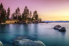 Meer Tahoe bij zonsondergang royalty-vrije stock afbeeldingen