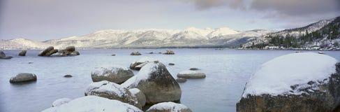 Meer Tahoe in Wintertijd, Nevada royalty-vrije stock foto