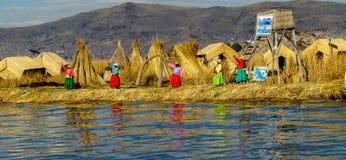 Meer Titicaca, Uros-eiland royalty-vrije stock foto's