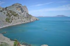 Meer und Berge Lizenzfreies Stockbild