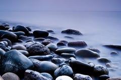 Meer und Felsen Stockfotos