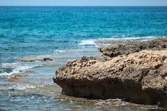 Meer und Felsen Lizenzfreie Stockbilder
