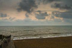 Meer und Holz stockbild