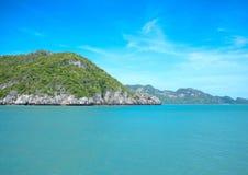 Meer und Insel Stockbild