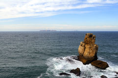 Meer und raue Wellen Lizenzfreie Stockbilder