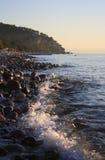 Meer und Steine Stockfoto