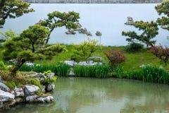 Meer van het Yangzhou het Slanke Westen op de tuinwaterkant Stock Fotografie