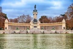 Meer van Retiro-park in Madrid bij de winter Stock Afbeelding
