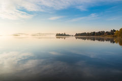 Meer Varese en eilandje Virginia, Biandronno, provincie van Varese, Italië Stock Afbeeldingen