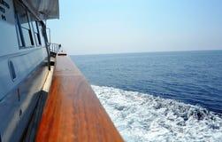 Meer von einer Yacht Stockbild