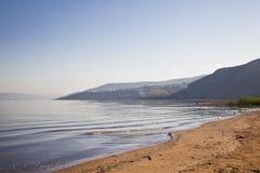 Meer von Galiläa mit den Bergen von Jordanien auf dem Horizont, Stockbild