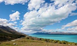 Meer Wakatipu, op de manier aan Glenorchy, Nieuw Zeeland Stock Foto
