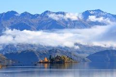 Meer Wanaka, Zuideneiland Nieuw Zeeland Stock Afbeelding