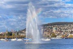 Meer Zürich en cityscape van Zürich Stock Foto's