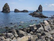 Meerblick Acitrezza Sizilien Stockfotos