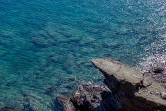 meerblick Griechenland Ruhiger See im Sonnenschein Lizenzfreie Stockfotos